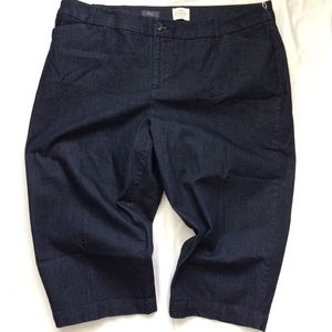 St John's Bay Crop Shorts Sz 20W